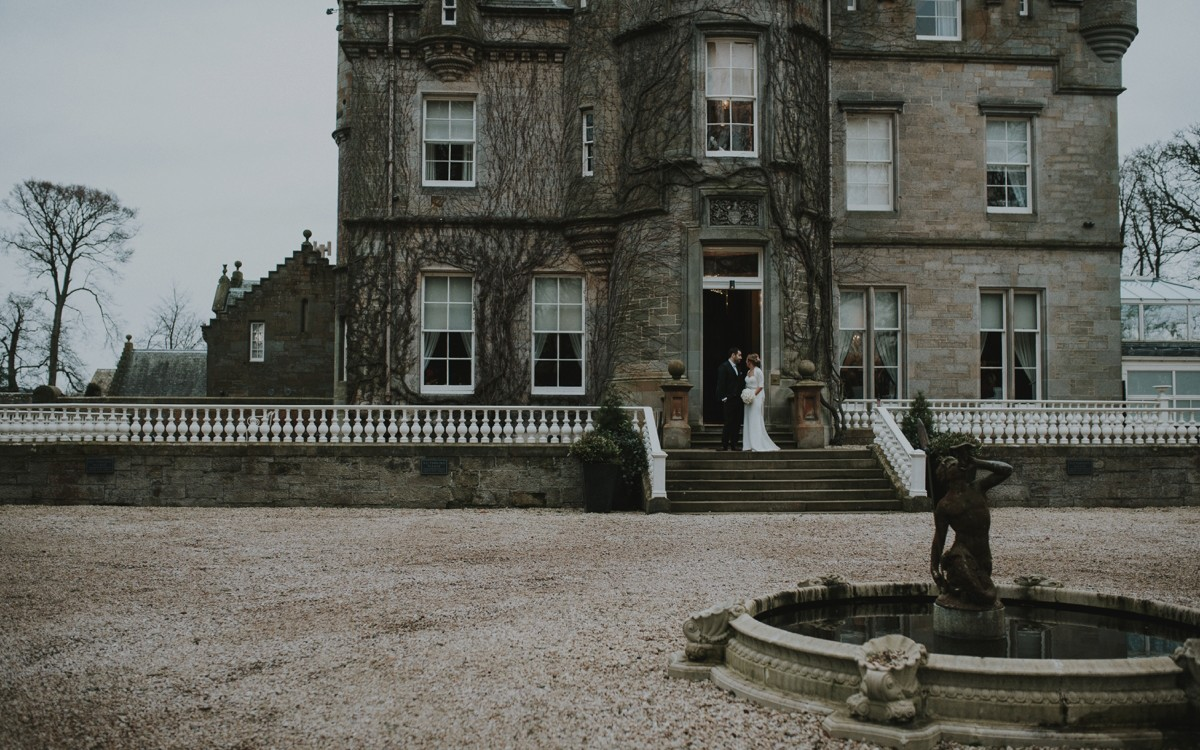 Carlowrie Castle wedding photos