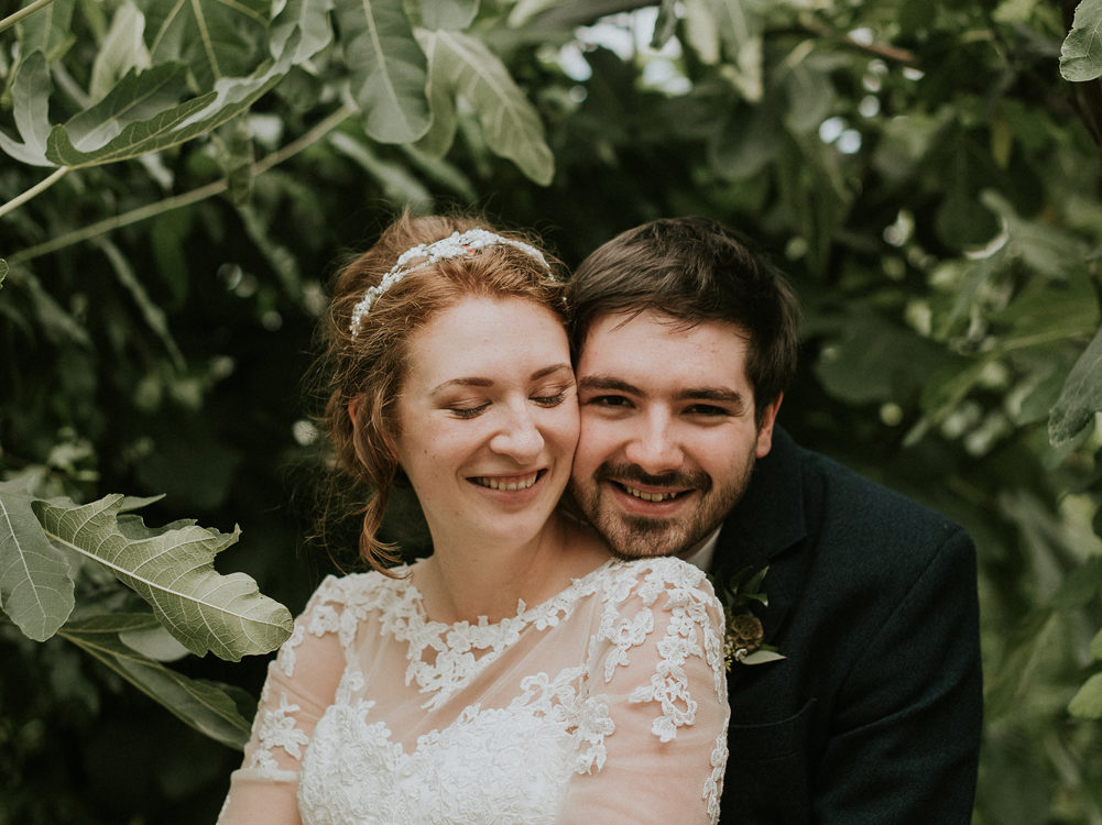 Relaxed wedding at Secret Herb Garden in Edinburgh